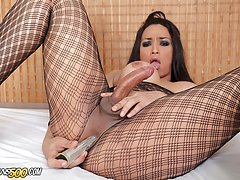 The sexy and beautiful Monik Lorran loves toying her horny shemale ass-hole!
